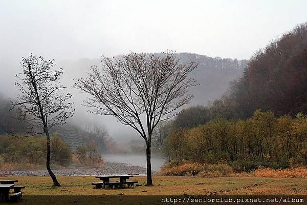 2011 Nov 6 法體瀑布 (1)_調整大小.JPG