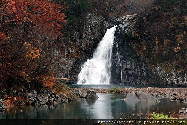 2011 Nov 6 法體瀑布 (12)_調整大小.JPG