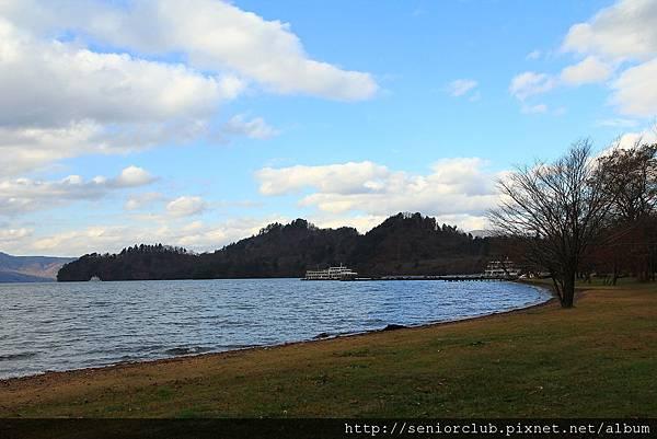 Nov 9 十和田湖 (178)_調整大小.JPG