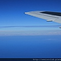 2011 Nov 5 飛機上的雲海 (7)_調整大小.JPG