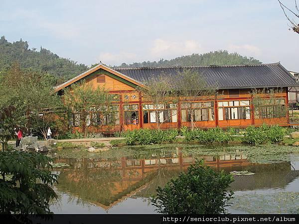 2011 12 南投 埔里 紙教堂 (32)_調整大小.JPG