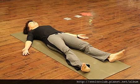 曾瑤瑜珈 2011 Dec  (1)_調整大小.jpg