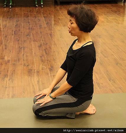 曾瑤瑜珈 2011 Dec  (58)_調整大小.jpg