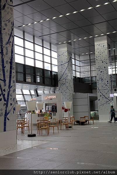 2012 日本博多車站_18_調整大小