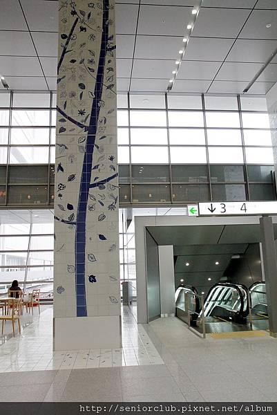 2012 日本博多車站_19_調整大小