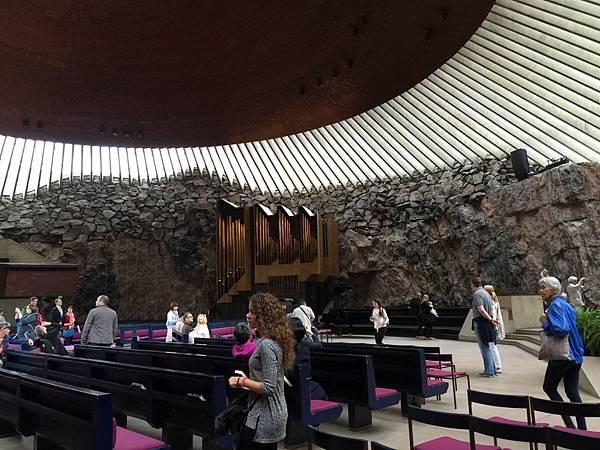 2016 Jul 16 芬蘭磐石教堂 - 01.jpg
