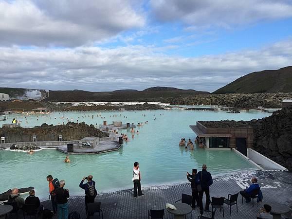 2016 Jun 17 冰島藍湖泡湯 - 14.jpg