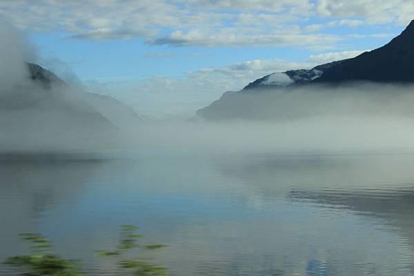 2016 Jul 20 挪威峽灣公路景觀 - 010.jpg