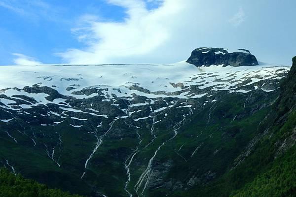 2016 Jul 20 挪威峽灣公路景觀 - 113.jpg