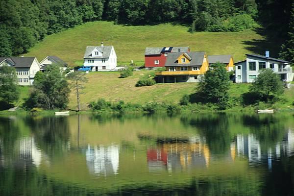 2016 Jul 21 挪威高山火車景觀 - 38.jpg