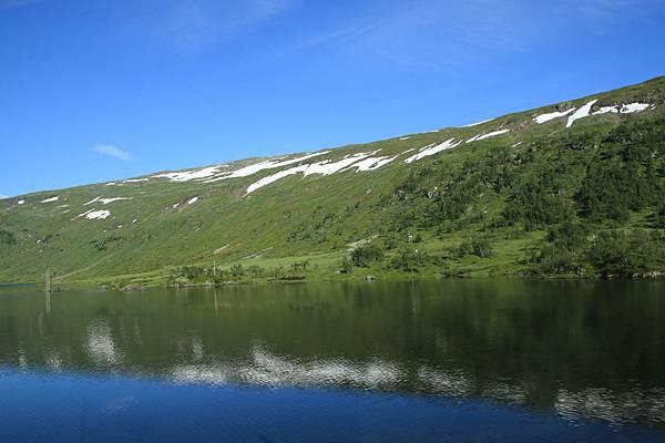 2016 Jul 21 挪威高山火車景觀 - 50.jpg