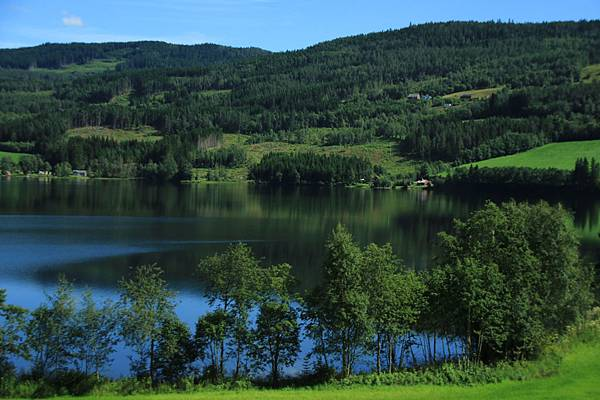 2016 Jul 21 挪威高山火車景觀 - 32.jpg