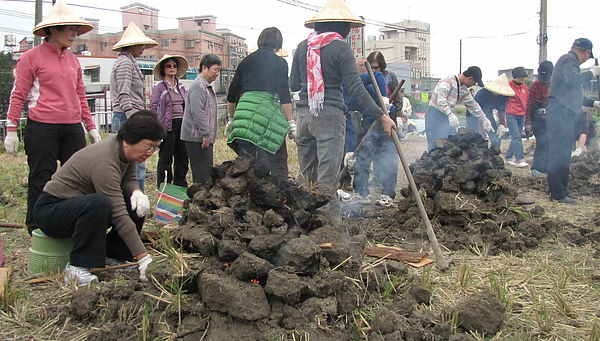 2011 Jan 7 竹東烤番薯 (46).JPG