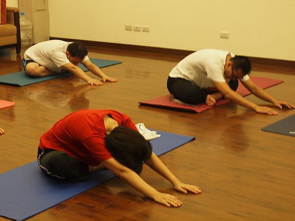 2010瑜珈-Jul15 (17)_調整大小.JPG