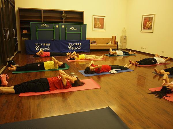 2010瑜珈-Jul15 (140)_調整大小.JPG
