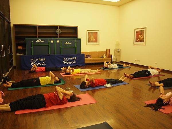 2010瑜珈-Jul15 (138)_調整大小.JPG
