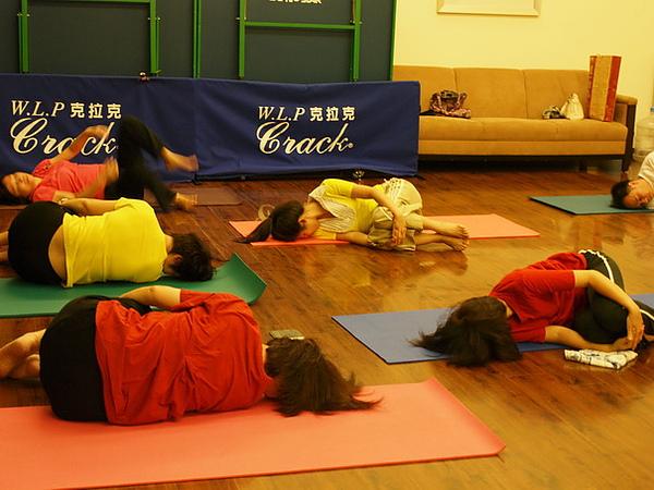 2010瑜珈-Jul15 (131)_調整大小.JPG