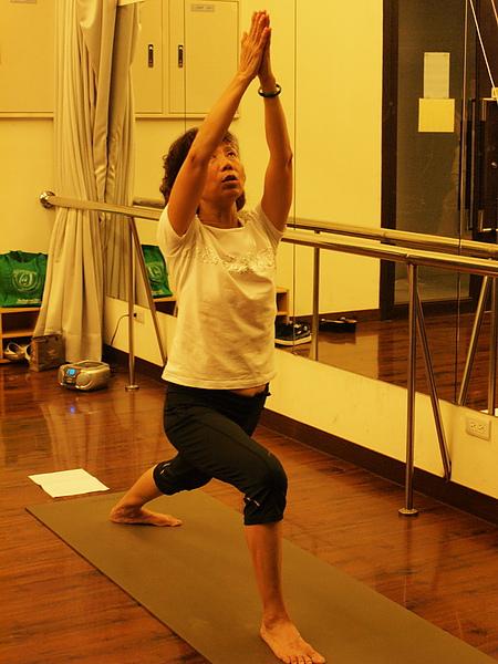2010瑜珈-jul 15 (64)_調整大小.jpg