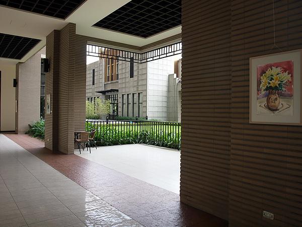 紫京城美術班師生彩繪作品展_26.JPG
