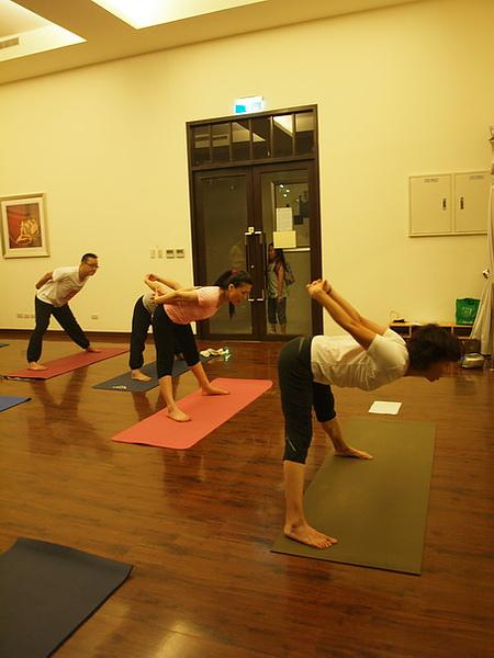 2010瑜珈-Jul15 (76)_調整大小.JPG