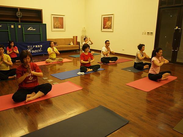 2010瑜珈-Jul15_調整大小.JPG