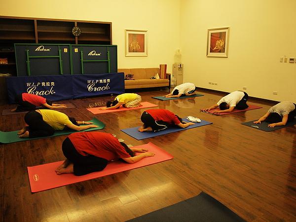 2010瑜珈-jul 15 (51)_調整大小.jpg