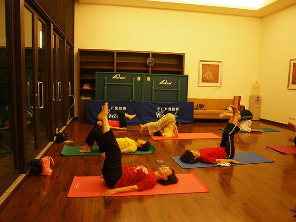 2010瑜珈-Jul15 (123)_調整大小.JPG