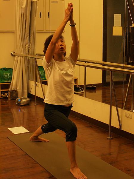 2010瑜珈-Jul15 (64)_調整大小.JPG