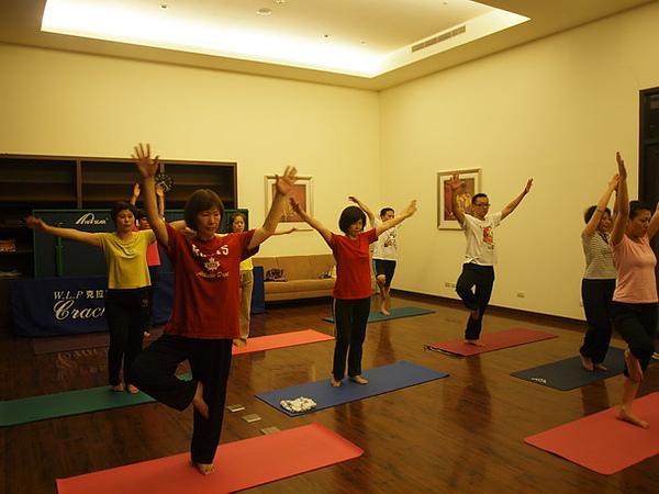 2010瑜珈-Jul15 (83)_調整大小.JPG