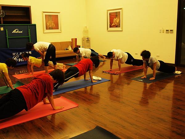 2010瑜珈-jul 15 (46)_調整大小.jpg
