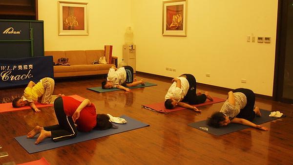 2010瑜珈-jul 15 (53).jpg