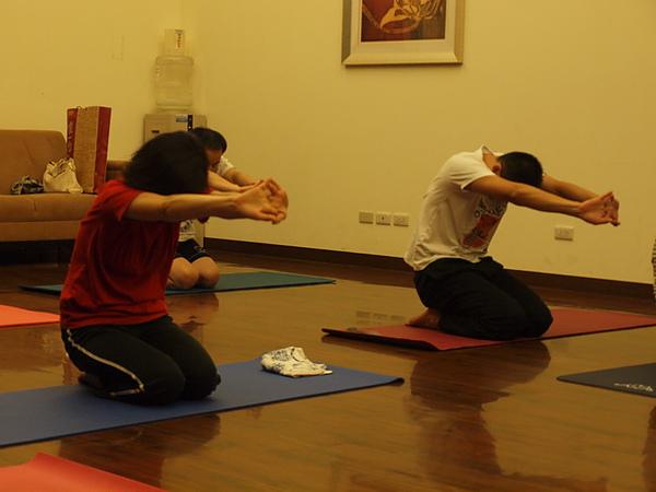 2010瑜珈-Jul15 (21)_調整大小.JPG