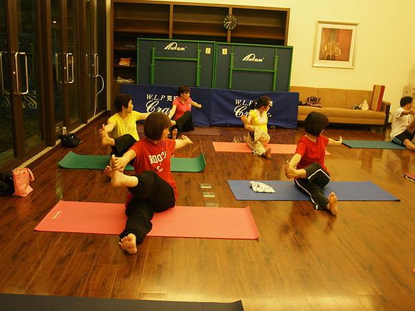 2010瑜珈-Jul15 (107)_調整大小.JPG