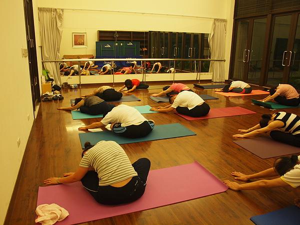 2010 瑜珈課 JUL_16.JPG