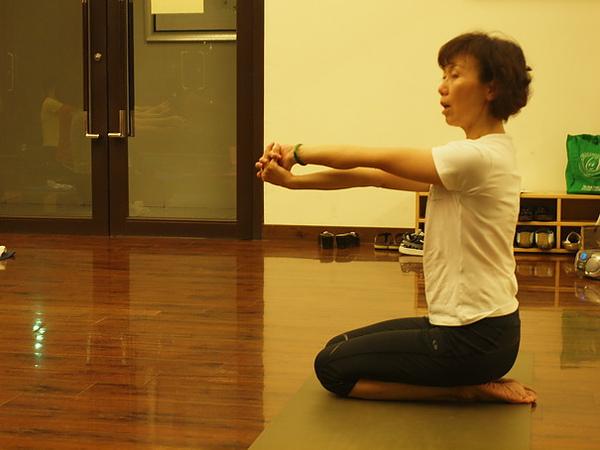 2010瑜珈-Jul15 (24)_調整大小.JPG