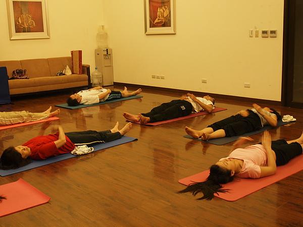 2010瑜珈-Jul15 (149)_調整大小.JPG