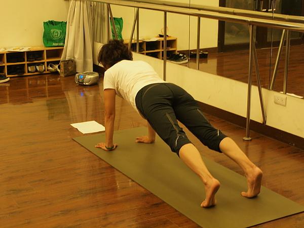 2010瑜珈-jul 15 (44)_調整大小.jpg