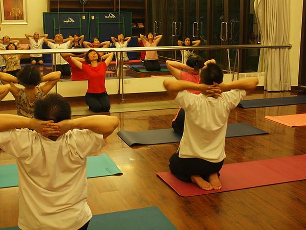 2010 瑜珈課 JUL_18.JPG