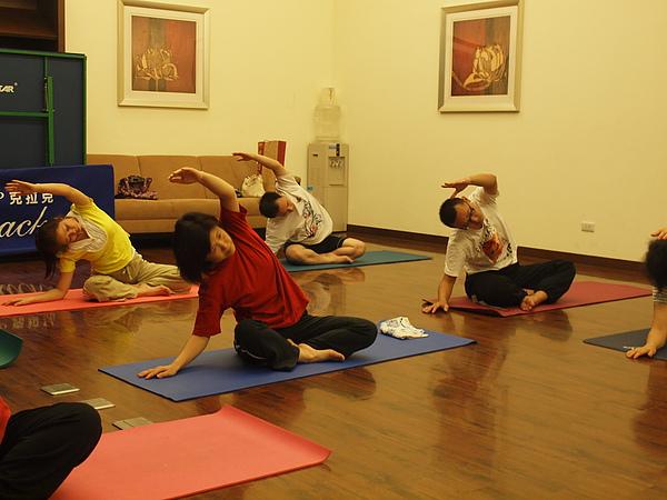 2010瑜珈-Jul15 (9).JPG