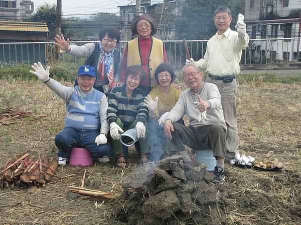 2011 Jan 7 竹東烤番薯 (16).JPG