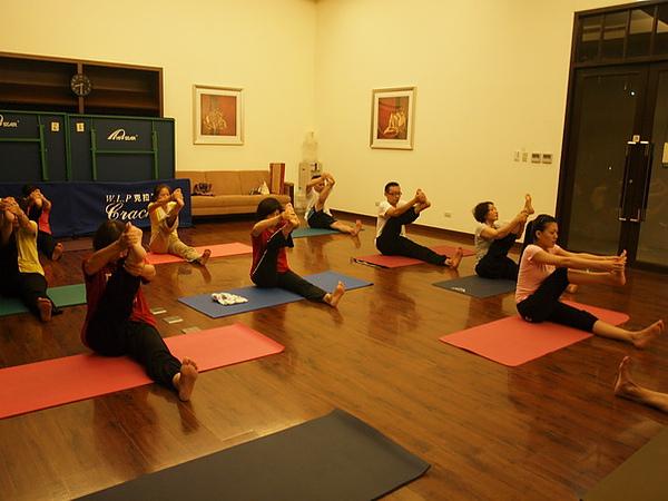 2010瑜珈-Jul15 (98)_調整大小.JPG