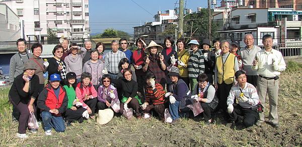 2011 Jan 7 竹東烤番薯 (42).JPG