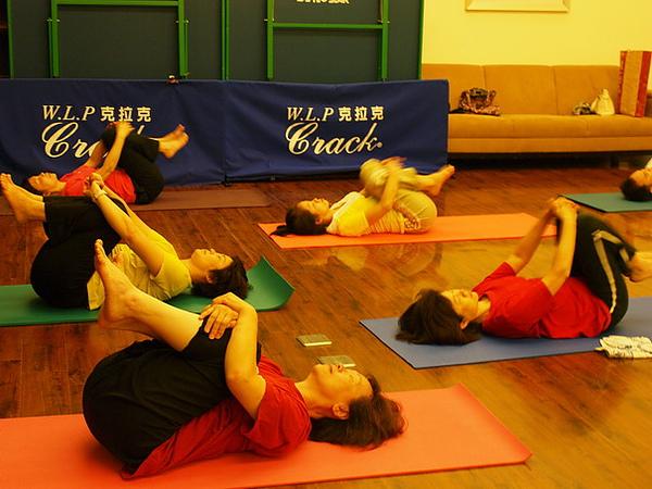 2010瑜珈-Jul15 (129)_調整大小.JPG