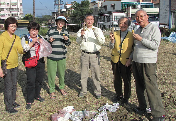 2011 Jan 7 竹東烤番薯 (41).JPG