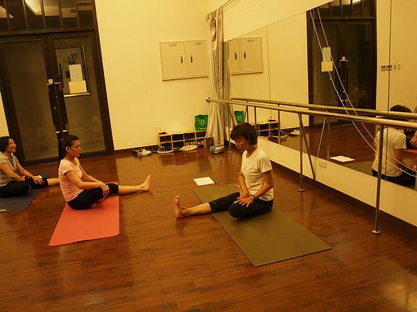 2010瑜珈-Jul15 (101)_調整大小.JPG