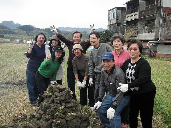 2011 Jan 7 竹東烤番薯 (15).JPG