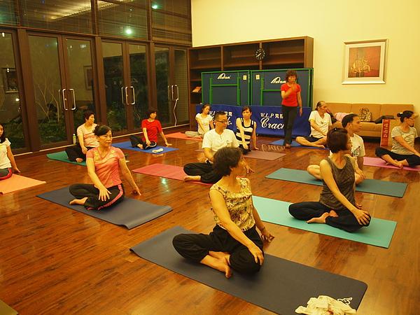 2010 瑜珈課 JUL_09.JPG
