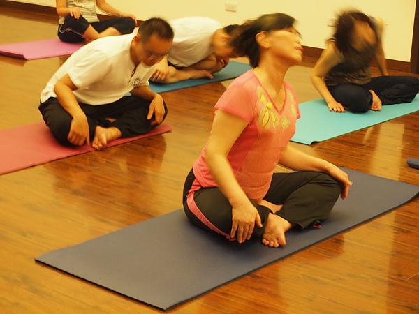 2010 瑜珈課 JUL_01.JPG