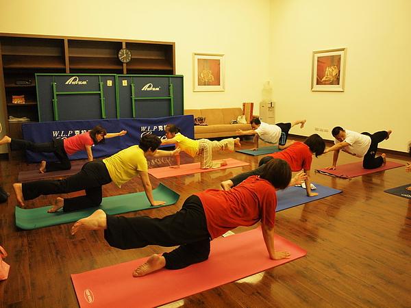 2010瑜珈-jul 15 (42)_調整大小.jpg