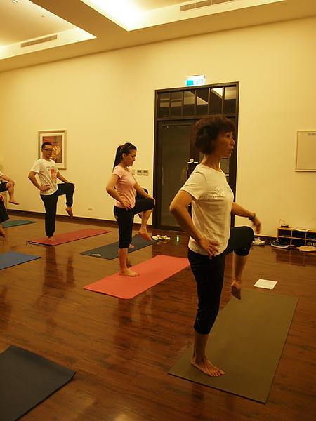 2010瑜珈-Jul15 (90)_調整大小.JPG